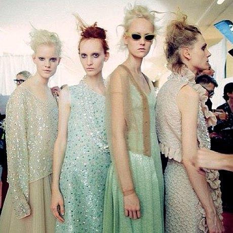 Главные показы  второго дня  Paris Fashion Week. Изображение № 7.
