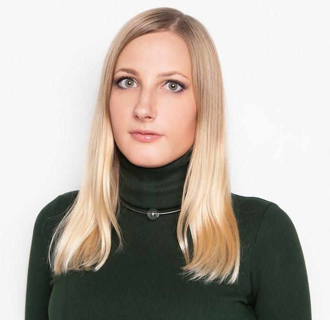 Юрист Майя Лаврова о работе и любимой косметике. Изображение № 1.