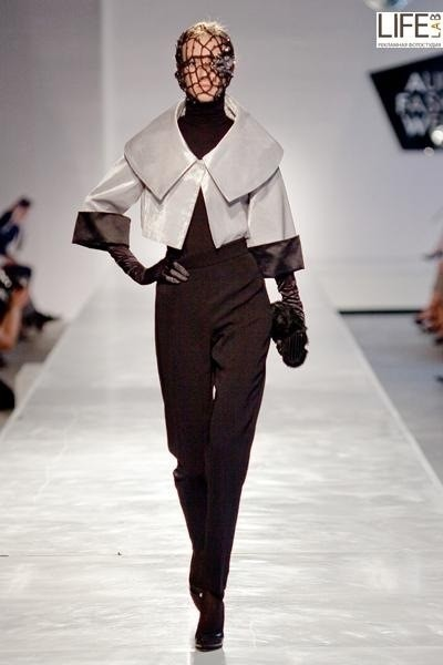 Aurora Fashion Week 2011: итальянский десант. Изображение № 4.