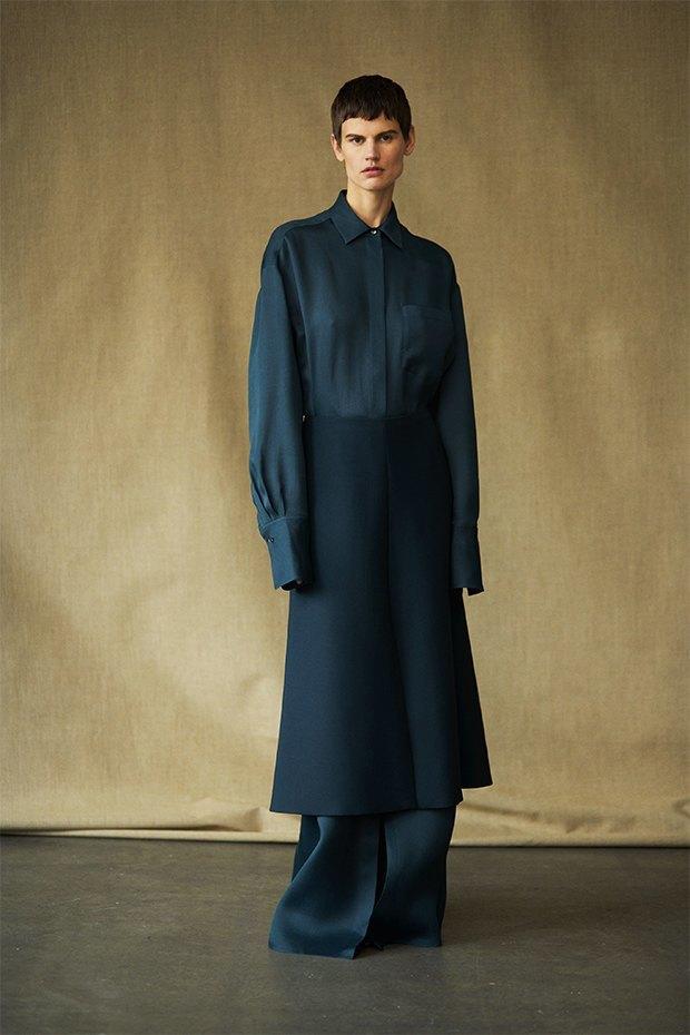 Саския де Брау в лукбуке новой коллекции The Row. Изображение № 10.