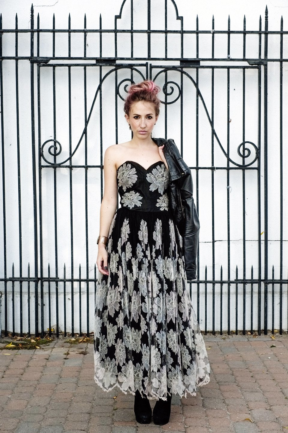 Роуз Бродбент, художница и владелец винтажного бутика из Торонто. Изображение № 20.