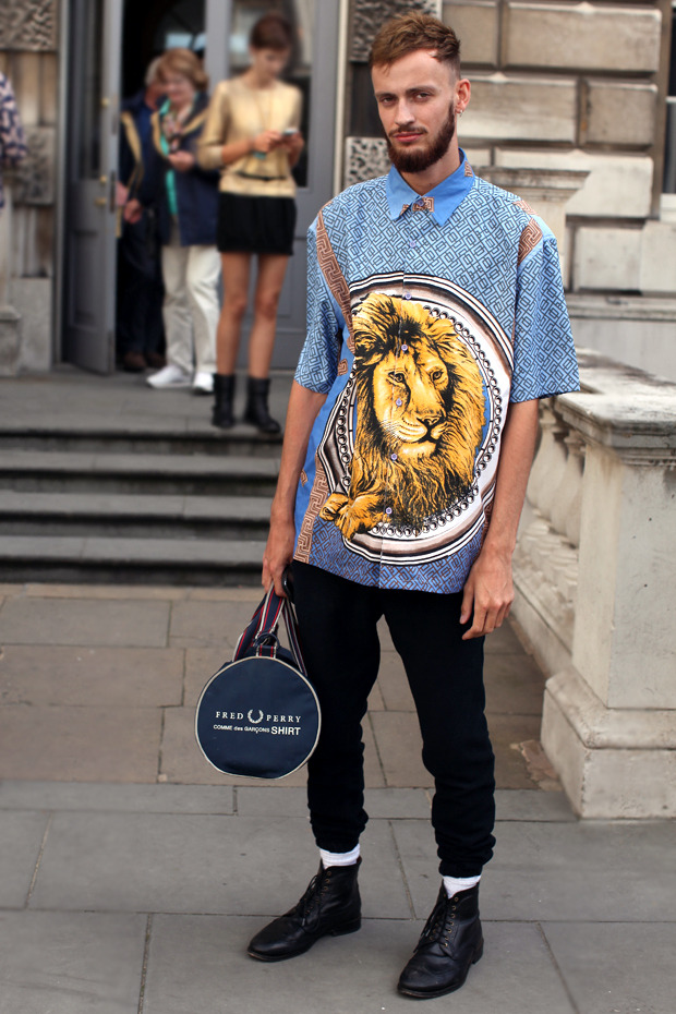 Streetstyle: Неделя моды в Лондоне, часть 1. Изображение № 13.