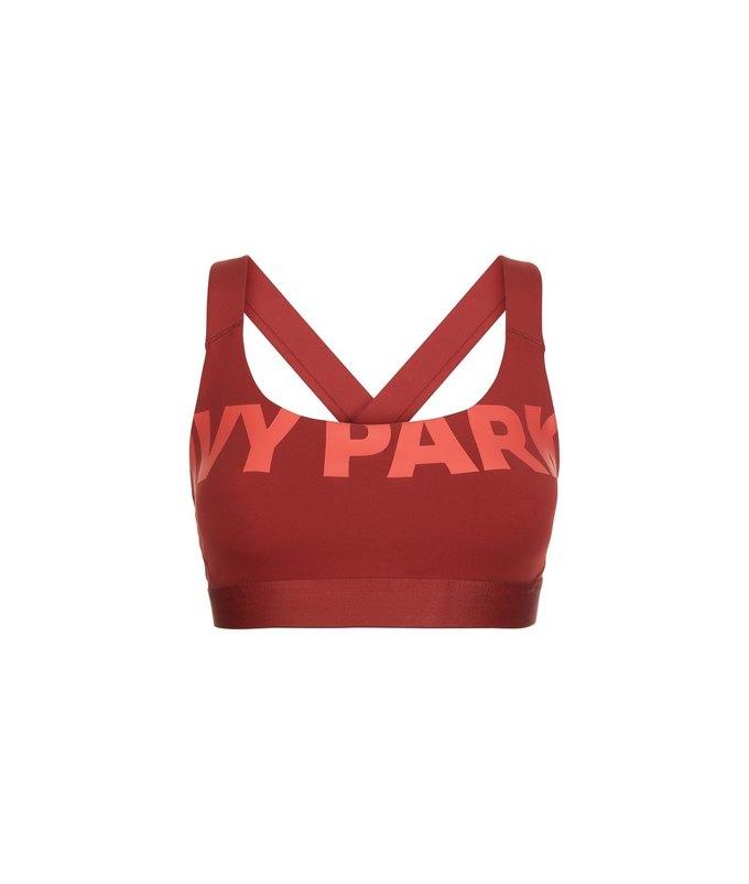 Одежда спортивной марки Бейонсе Ivy Park будет продаваться в России. Изображение № 46.