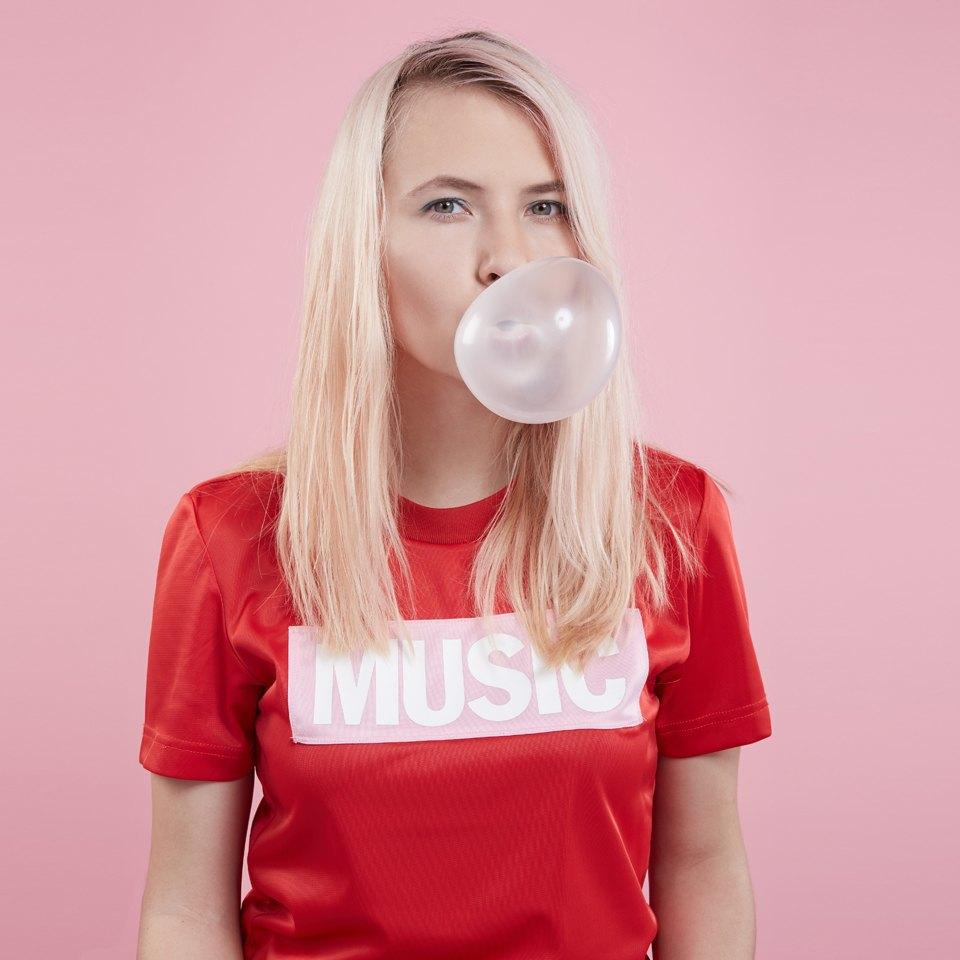 Катя Шилоносова, солистка группы  Glintshake. Изображение № 1.