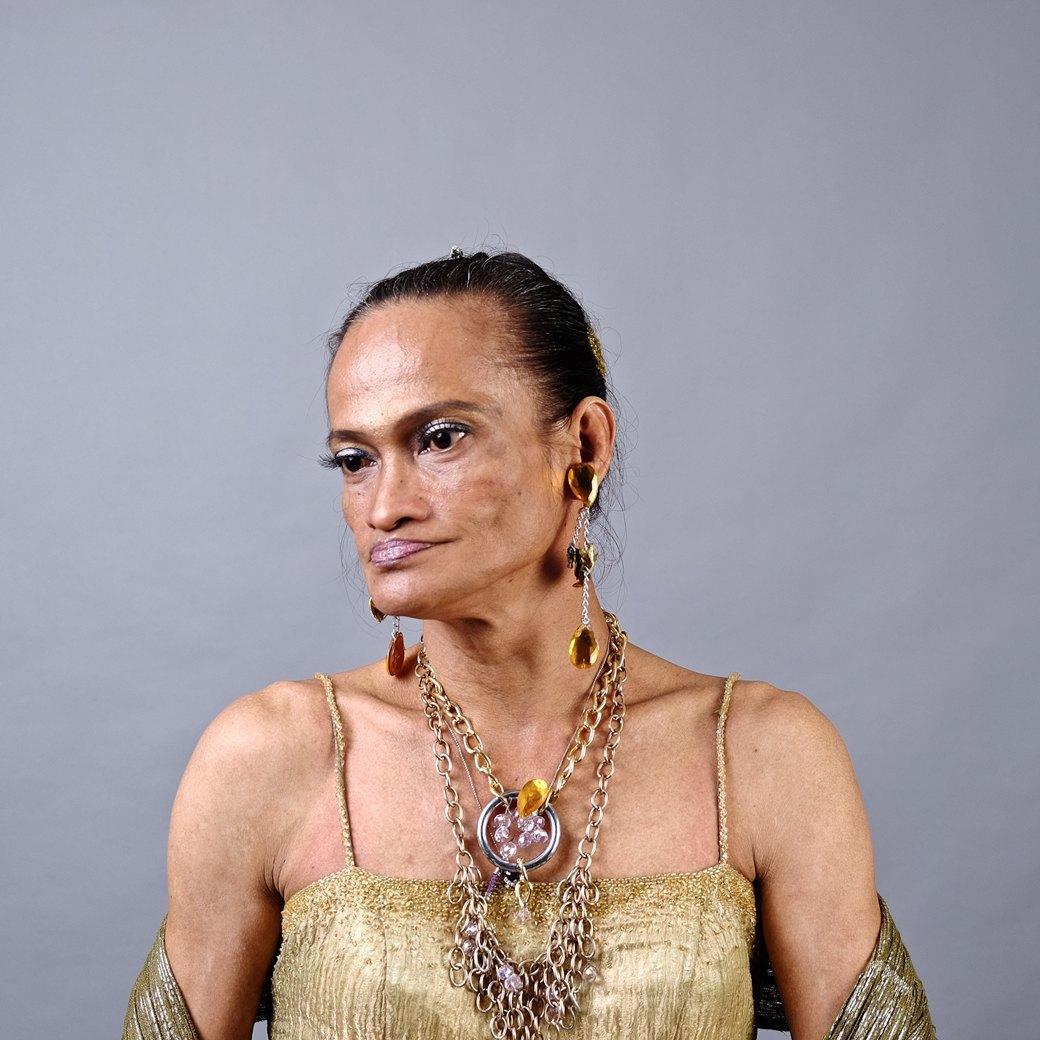 Джун «Маруйя» Сантос, 58 лет. Изображение № 2.