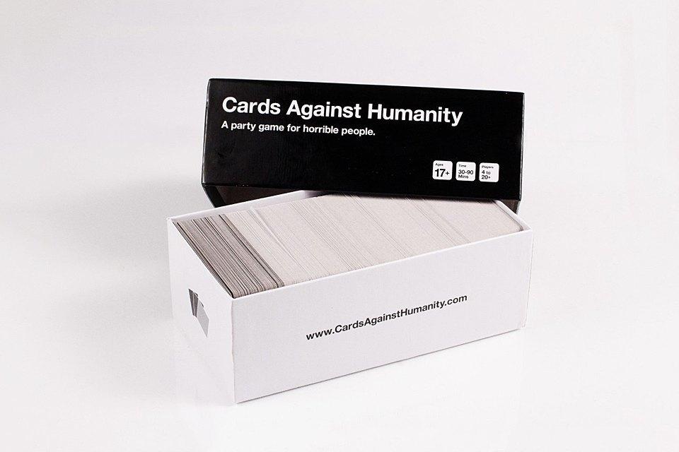 Циничная карточная игра Cards Against Humanity. Изображение № 1.