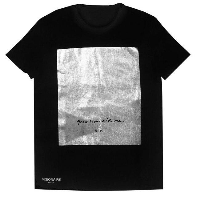 Gap и Visionaire запустили совместную линию футболок. Изображение № 2.