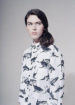Платья и рубашки с акулами Binary. Изображение № 4.