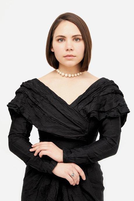 Основательница винтажного магазина More is More Аня Кольцова о любимых нарядах. Изображение № 15.