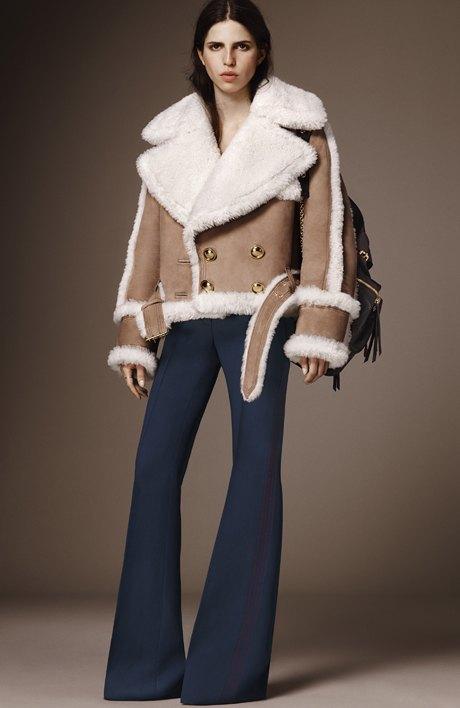 Что носить зимой:  10 модных образов  для холодной погоды. Изображение № 11.