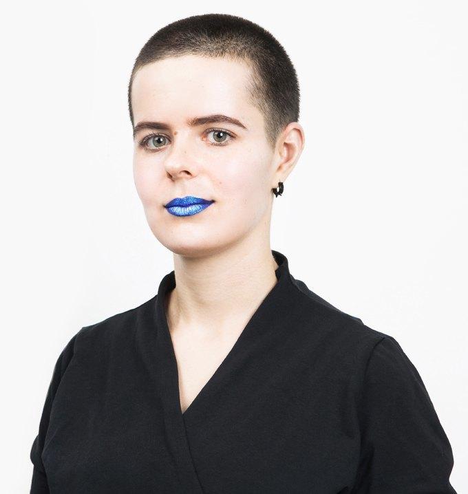 Выпускающий редактор «РБК» Надежда Вайнер  о любимой косметике. Изображение № 1.