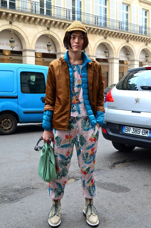 Неделя моды в Париже: Streetstyle. Изображение № 3.