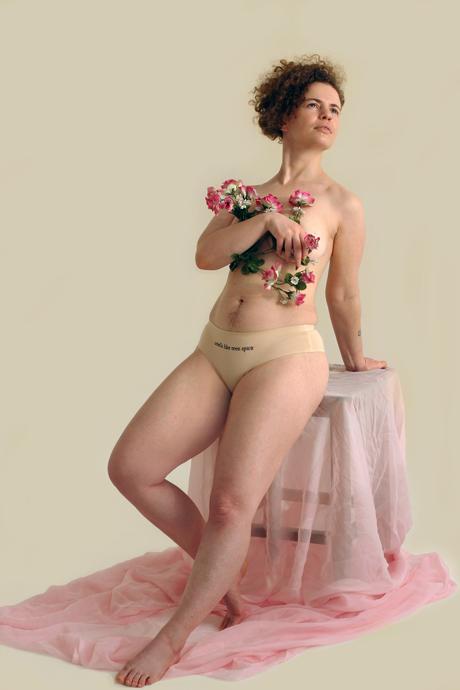 Сообщницы: Как работает главная феминистская марка России narvskayadostava. Изображение № 4.