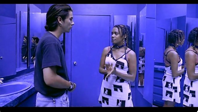 Что можно узнать  о стиле 90-х из фильма Грегга Араки «Нигде». Изображение № 52.