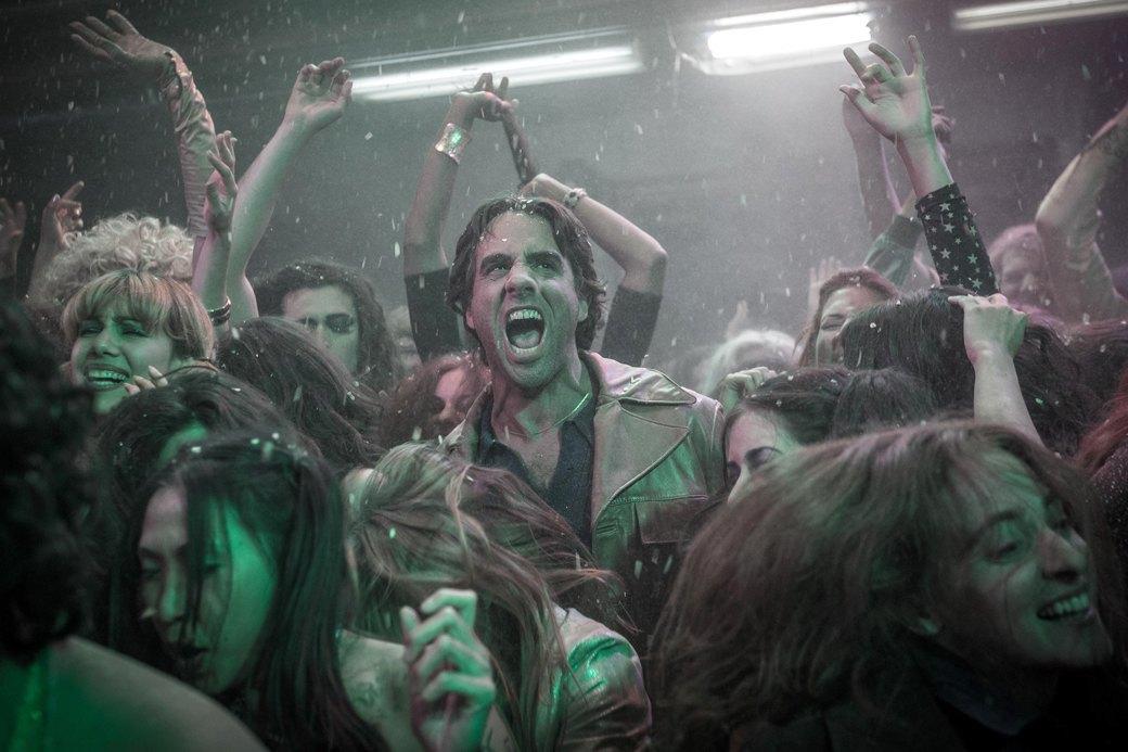 Сериал Скорсезе «Vinyl»: 70-е, секс, наркотики и рок-н-ролл. Изображение № 9.