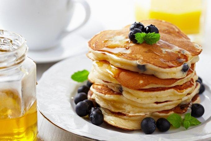 5 сытных и полезных белковых завтраков. Изображение № 5.