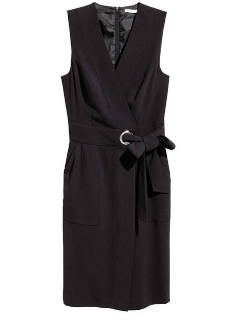 Воланы, бархат, блёстки: 20 красивых и недорогих платьев для Нового года. Изображение № 20.