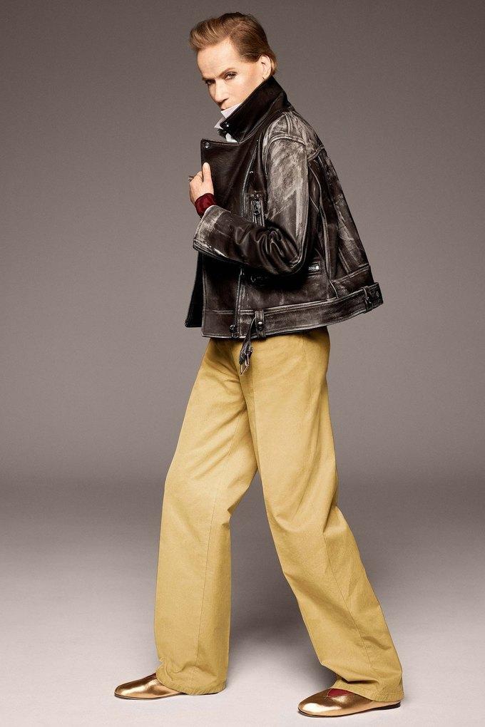 В лукбуке Acne Studios снялась 78-летняя супермодель Верушка. Изображение № 5.