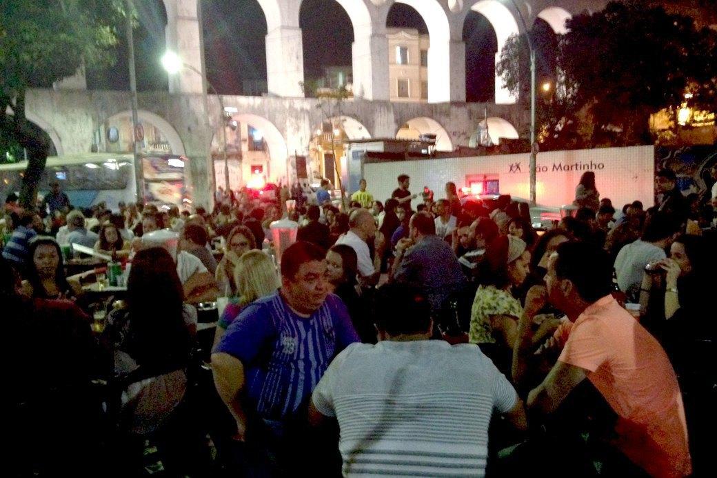 В Рио с друзьями: кашаса, фавелы,  футбол и сериалы. Изображение № 11.