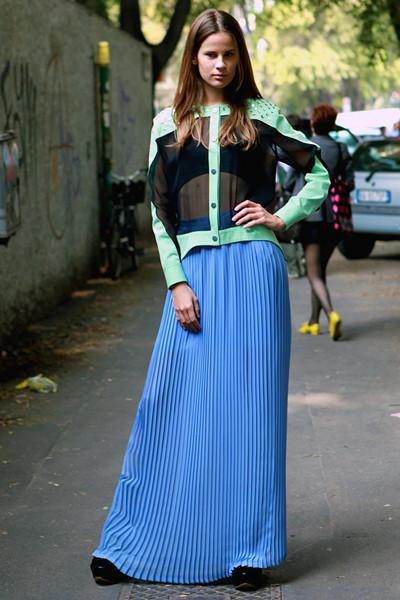 Milan Fashion Week: Уличный стиль, день 4. Изображение № 15.